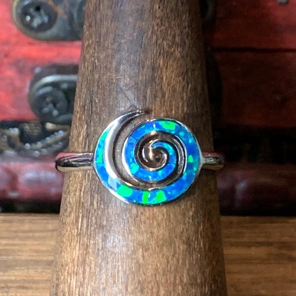 🌹NWT Sterling silver/ blue Zuni opal spiral ring